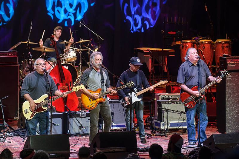 """Throwin it back to last Thurs' #DearJerry concert where Bob joined Los Lobos onstage for """"Not Fade Away/Bertha."""" #TBT http://t.co/k4TElZSDbW"""