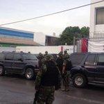 Detona explosivo a las afueras del #INE en #Matamoros info >> http://t.co/Ij7FSsXETn . @CarlosLoret @notigape1110am http://t.co/KXl8roOAwI