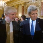 FM Tuomioja celebrating the US Chairmanship of the #ArcticCouncil  with Sec @JohnKerry at @StateDept @FinnEmbassyDC http://t.co/rbKIxNTuMV