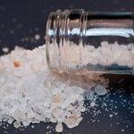 'Flakka', nova droga sintética faz usuários enlouquecerem em poucos dias. http://t.co/mFnnGbpSef http://t.co/YfVDEhw6u2