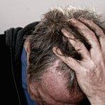 Pessoas depressivas têm chances maiores de desenvolver Parkinson, diz estudo. http://t.co/xN4WCa5ecC http://t.co/uQDInj9GxD