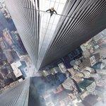 高さ411m、命綱なし・綱渡り男の実話を映画化「ザ・ウォーク」予告公開 - ジョセフ・ゴードン=レヴィット主演 - 高所恐怖症の人は視聴注意 http://t.co/gsAgVOnTkz http://t.co/MToPqMssHU
