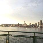 Damn, I love this city. This state. This life. #Seattle @glamarific http://t.co/GRuShmTjjD