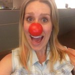 Red Nose Day selfie! Tweet yours with #RedNose25 and @gatesfoundation donates $25 to help fight poverty! http://t.co/tsKEA8y7Tc