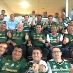 Con buenos amigos de #Coahuila apoyando al equipo de casa #SantosLaguna #JuntosHastaLaFinal #GuerrerosUnidos http://t.co/EIvwhHASy1