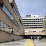 Naša »tajna klinika«: v UKC okostnjaki padajo iz omar http://t.co/dr0aSHOWjG http://t.co/qIYX7cjyas