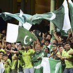 Fans gear up for #PAKvZIM T20 today. Read what Wasim Akram & others have to say: http://t.co/ALsBCp3x1H http://t.co/zywCtttyzj