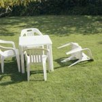 Apparently Kent had an earthquake measuring 4.2 last night. The scenes posted online are devastating. #KentEarthquake http://t.co/H4DjnuOSel