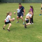 Titans working with children at @CatcliffePS   We are Rotherham  This is what we do  #rotherhamiswonderful http://t.co/P7OPflQw86