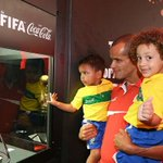 Rivaldo with mini Thiago Silva and mini David Luiz http://t.co/QdGSGXvDU9