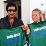 @SAfridiOfficial @wasimakramlive @iamShaniera officially celebrities with @HaierMobilePK #HaierMobileCup http://t.co/ye2oT5UntS