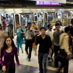 #Delhi Metro: Ladies in and Ladies out from same coach http://t.co/CnLA26Dp5V @TOIDelhi http://t.co/9NizgF5OOy