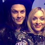 This is just beautiful! @JamesBayMusic covering Jackie Wilsons Higher and Higher http://t.co/MctbKEq8j8 http://t.co/DqP4mJCTyy