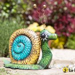 @LaHaciendaUK #FreebieFriday time! RT+FOLLOW to #win Sheldon the snail in our #competition! #giveaway #garden http://t.co/fneWlvby9d