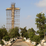 Asias largest cross — A symbol of hope for #Karachis Christains http://t.co/ldmu7xjlUo #Pakistan http://t.co/Z6iaaiYvsz