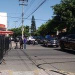 Continúa arribando policía estatal a bodega de @iepcjalisco para resguardo de material electoral @NTRGuadalajara http://t.co/TfL7chzkNI