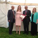 @CornellMBA recognizes Annie Keyes, MBA 15, with Leadership Award, #Cornell15 #cornellmbagrad http://t.co/oNvdDnE03X