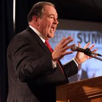 Mike Huckabee makes excuses for Duggar family hiding years of sexual abuse http://t.co/tovcKv5csg http://t.co/2oyIr1rPc5