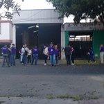Un camión con documentación electoral se descompuso, el convoy arribará con retraso de 1:30 horas @NTRGuadalajara http://t.co/9IoFExRFVX