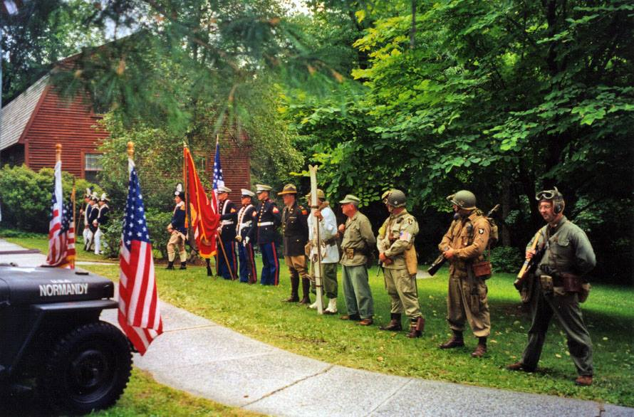 #MemorialDay events being held at parks & sites this weekend to honor our nation's heroes. http://t.co/9TI06q9D7P http://t.co/wChzUluFK1