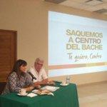 La candidata común del PVEM-PAN Rosalinda López Hernández con los integrantes de la CMIC #Tabasco #Elecciones2015 http://t.co/hUzZUlRrAx