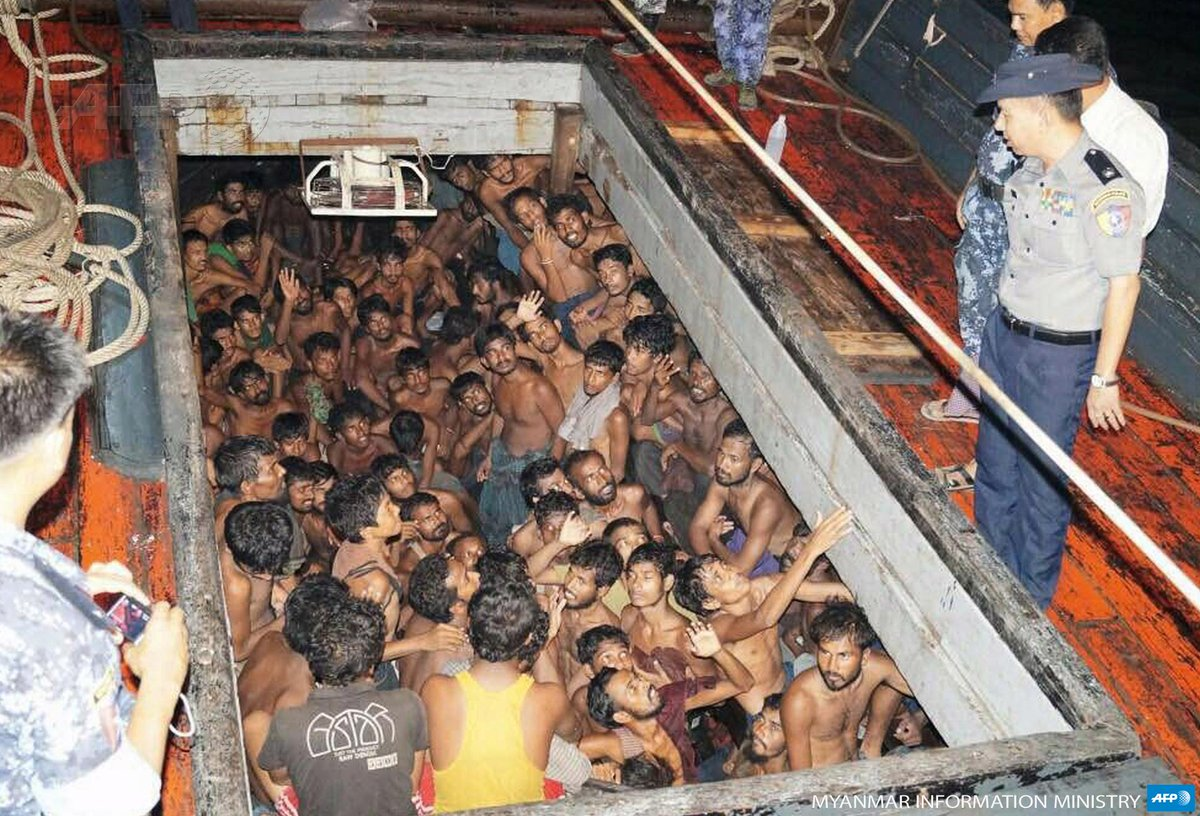 Photo of migrants below deck on a boat off Myanmar, just try imagine what that's like for weeks/months on open ocean http://t.co/FxhVDtNKQD