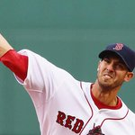 .@RickPorcello, #RedSox host Angels at 7:10 ET on @MLBNetwork, @NESN & @MLBTV. http://t.co/msoqFZvHL1 http://t.co/umgtQtroLs