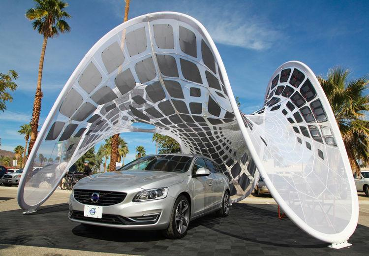 Meet the future of portable solar car charging! Designer Alvin Huang will be on hand at #DODLA http://t.co/UzIxvWk9jk http://t.co/WgdCa602ZY