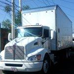 Con tres horas de retraso, llegan los camiones con material electoral http://t.co/1oANtBdzPV http://t.co/lAfOFlhena