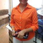 La candidata de #MC @Nelly_Vargas lista para el #debatexeva #elecciones2015. http://t.co/G89iigAZvU