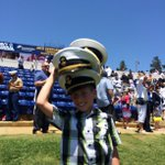 8-year-old Cameron Esposito left @NavalAcademy with 4 hats and $80. More graduation coverage: http://t.co/rlodAqfKSP http://t.co/H7O3wz5j8q
