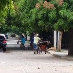 Sera q las autoridades están esperando una desgracia para ponerle freno a estos ladrones? @PoliciaColombia http://t.co/v1vaCLg99D