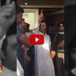 #فيديو مواطن بعد تبرعه بدمه لمصابي #تفجير_القديح : لا فرق بين سني وشيعي كلنا إخوة http://t.co/7XJiSsAfGf #السعودية http://t.co/4M57ShqBMA