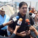 Lester Toledo denuncia presuntos abusos laborales a instaladores de chip http://t.co/n2E3W3fWEJ #Maracaibo http://t.co/YdehtIMdsU
