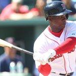 #RedSox call up Rusney Castillo http://t.co/9qDGHFNHos via @ScottLauber http://t.co/9UvcnivlF5