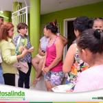 @amigarosalinda escuchando la voz ciudadana de su pueblo #TeQuieroCentro con atención inmediata a comunidades http://t.co/86Za5NTbDe