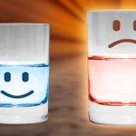 @BersaglioMobile @matteorenzi Noi siamo quelli a cui piace vedere sempre il bicchiere..mezzo pieno! #ripartiamo http://t.co/aKm9dYIeHK