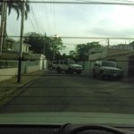 Aragua #22M 5:29PM Allanan casa del testigo protegido por la DEA Rafael Eduardo Isea Romero en Canta Rana http://t.co/Az3p5VdNAX