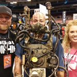 Hanging @WizardWorld representing @SFStLouis Drop by Booth 622 to see us #frightfest http://t.co/lDXMKN8Ktt