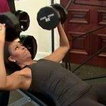 【ミシェル・オバマ】引き締まった身体でハードなトレーニングをする姿を公開(動画) http://t.co/tQlkpHqpc8 http://t.co/h1QvsnBVWg