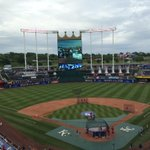 #STLCards on the field for BP as they get ready for series opener with cross-state rival Royals http://t.co/5MjqQ5nFSR