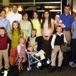 TLC pulls 19 Kids and Counting amid Josh Duggar molestation claims http://t.co/I1la8ID1Gq http://t.co/fpojrEItzp