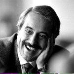 23 anni fa un grande uomo venne ucciso dalla mafia. Noi non dimentichiamo. #GiovanniFalcone #strage #Capaci http://t.co/okmAP8cVef