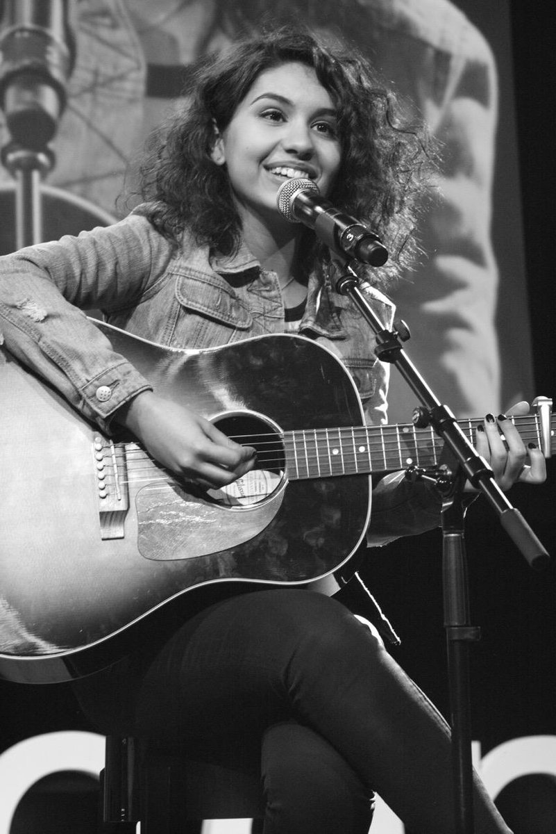 OK, we love this photo of @alessiacara we just rec'd from a fab friend of #TEDxTeen #LeicaBlackandWhite http://t.co/PWckTgGnp2
