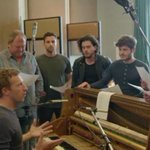 Coldplay realiza divertido musical con los personajes de #GameOfThrones http://t.co/6lD638Pm2X  #GoT http://t.co/5s91dYiTaR