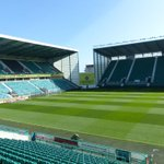 Sun is shining in Leith, pitch looks immaculate, Easter Road will be bouncing. Ready? Lets do this #HFCvRFC http://t.co/ufnRn2BK0H