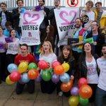 """Referendum Irlanda, verso il """"sì"""" ai matrimoni gay http://t.co/vo2efHnr0r http://t.co/t8iARJWwmO"""
