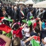 #23maggio #PalermoChiamaItalia: Il Presidente #Mattarella accolto dagli #studenti allAula Bunker http://t.co/m9m5THWcE5