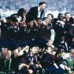 Mooie herinneringen aan #Ajax' winst in de @ChampionsLeague 1995? Deel ze met #Ajax1995. RT's voor de leukste posts! http://t.co/rqhSNZOHBw