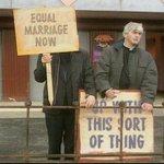 Ireland says Yes. Thank you, Ireland! #MarRef (HT @donsilitis @Ross_Owen) http://t.co/xoSzn0CSmA